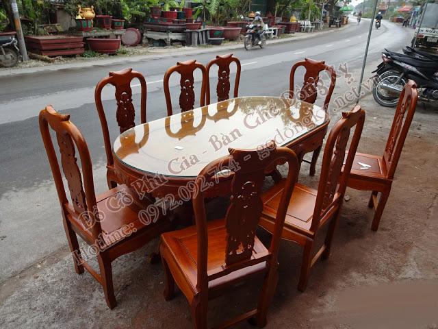 bàn ăn giả cổ